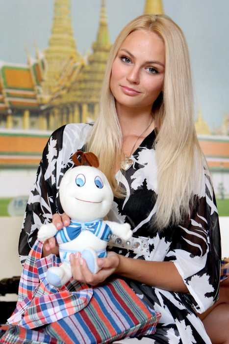 Тереза Файксова (Чехия) - Мисс Земля 2012. фото