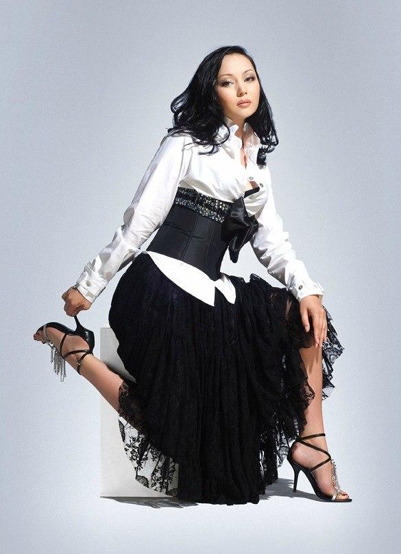 самая красивая казашка Баян Есентаева фото