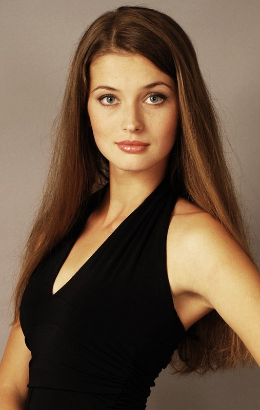 красивая девушка-украинка Анна Заячковская. фото