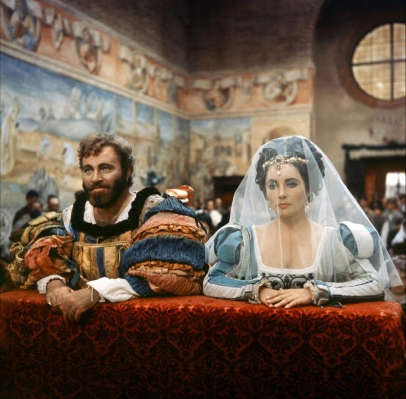 Элизабет Тэйлор в роли Катарины, Ричард Бёртон в роли Петручио (Укрощение строптивой, 1967)