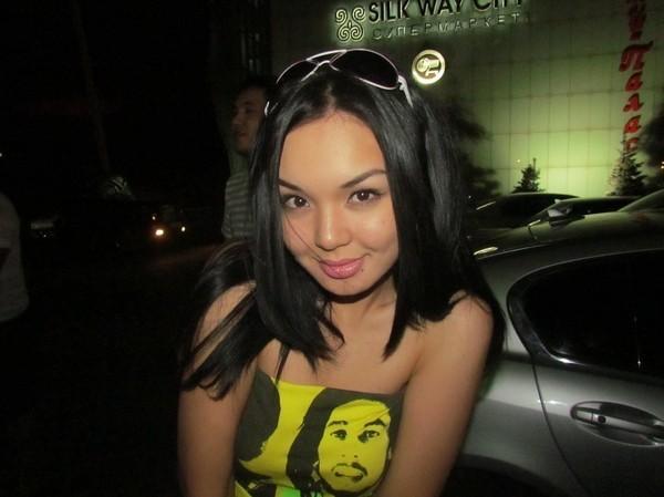 самые красивые казахские девушки: Жания Джуринская. фото