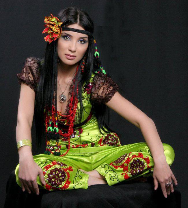 Узбек красивые девушка сбадьбы секс фото 6 фотография