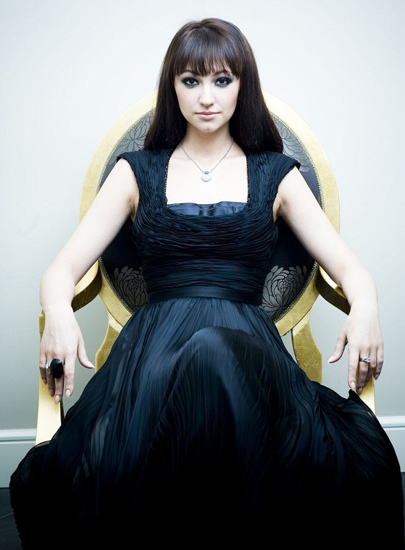 Оксана Нечитайло / Согдиана - певица и актриса. фото