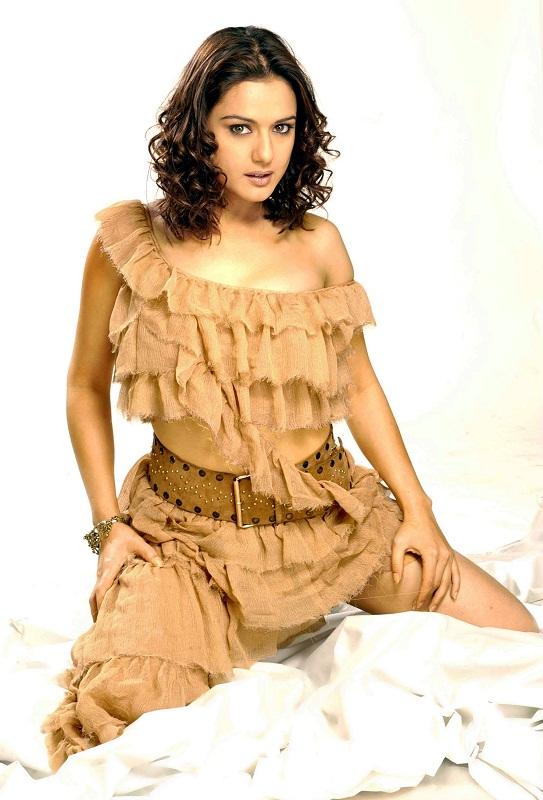 Эротичные девушки индии фото с пышными формами фото 354-298