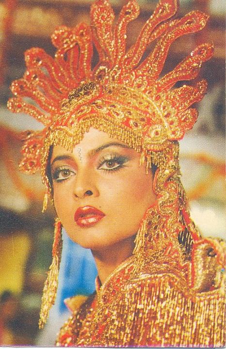 красивая индианка Рекха. Фото