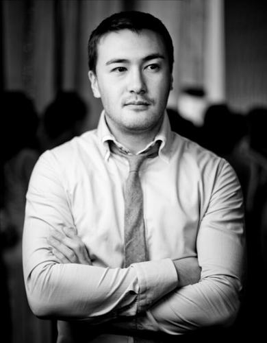 самые красивые киргизы: Нурбек Савитахунов - певец. фото