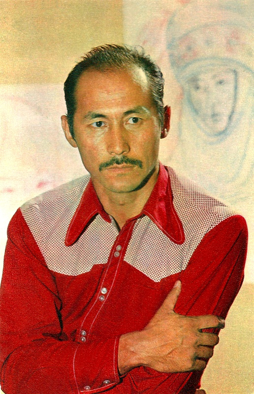 самый красивый мужчина-кыргыз Суйменкул Чокморов, актер. фото