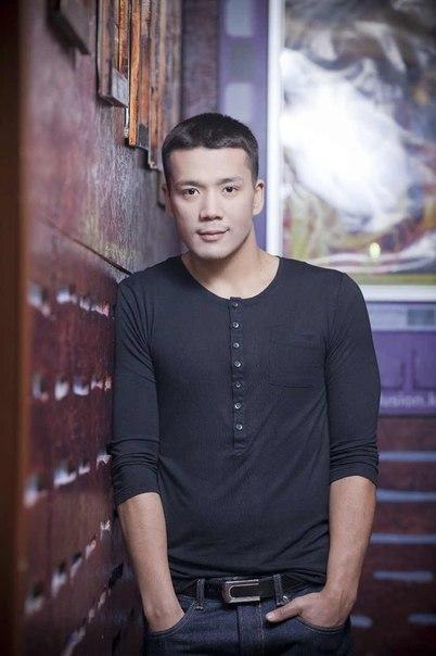 Дастан Оразбеков - казахский певец, актер. фото