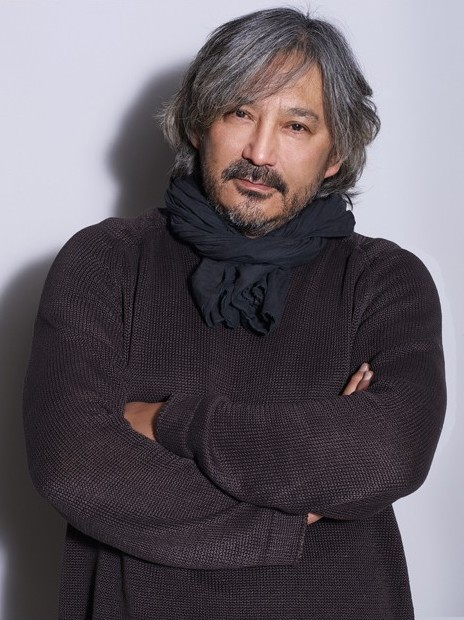 Нурлан Туреханов - дизайнер одежды. фото