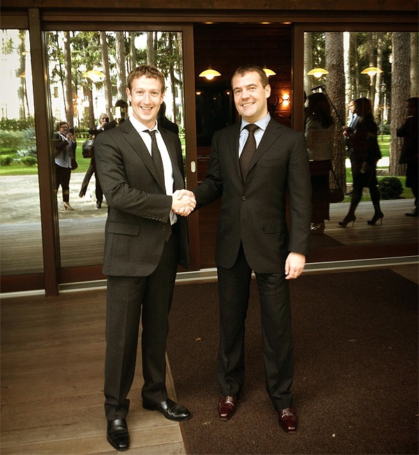 Марк Цукерберг и Дмитрий Медведев. фото