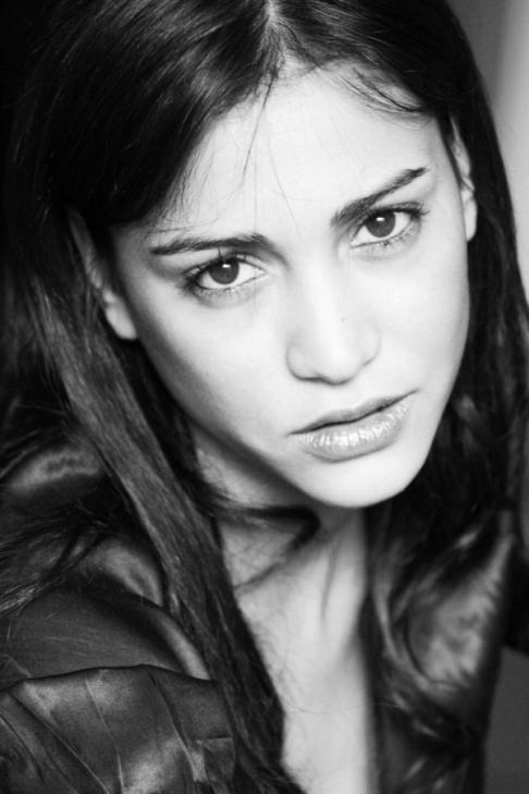 актриса-марокканка Моржана Алауи. фото
