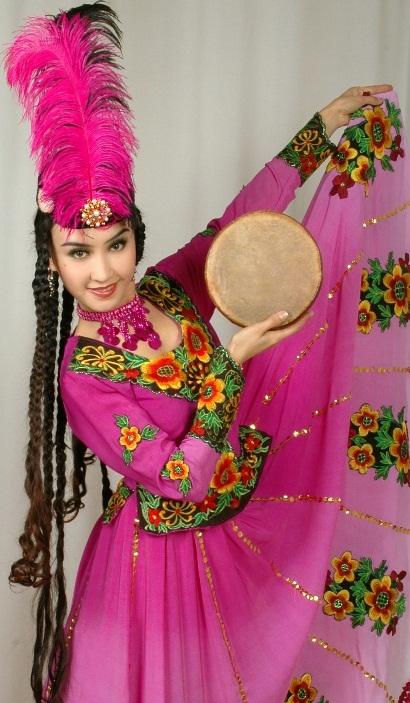 Эльмира Сайдуллаева - уйгурская танцовщица. Фото