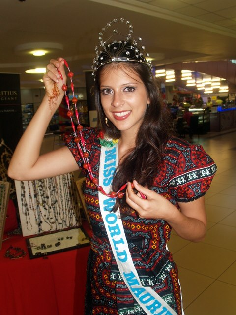 участница Мисс мира 2013 Nathalie Lesage Маврикий фото