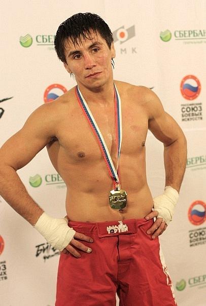 Венер Галиев чемпион мира по боевому самбо. фото