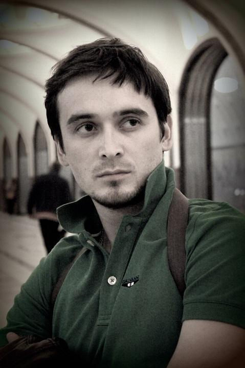 Роберт Елкибаев актер. фото