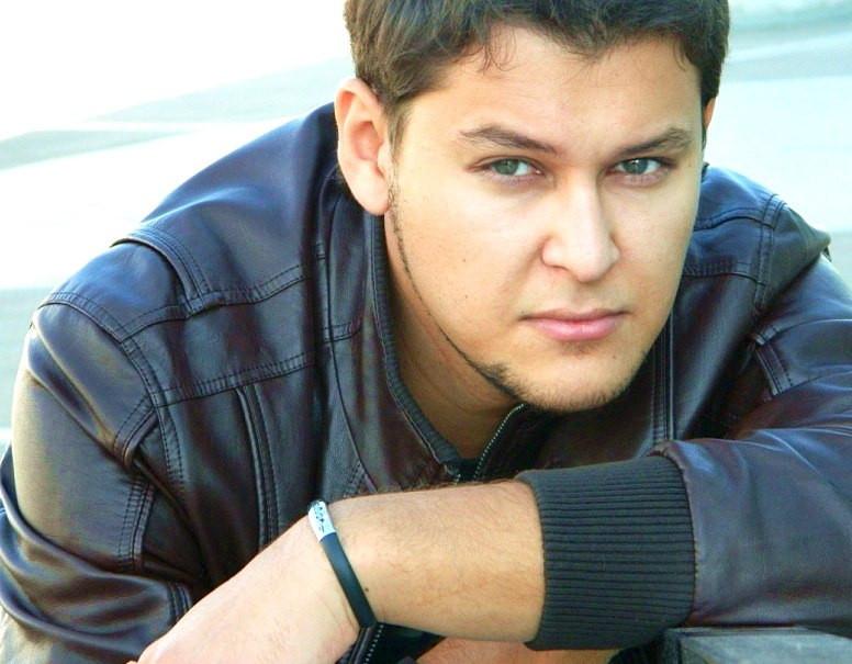 Эльмир Абубакиров - певец, солист группы Каравансарай. фото