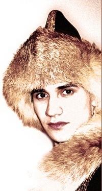 красивый парень-башкир Ян Лира - певец. фото