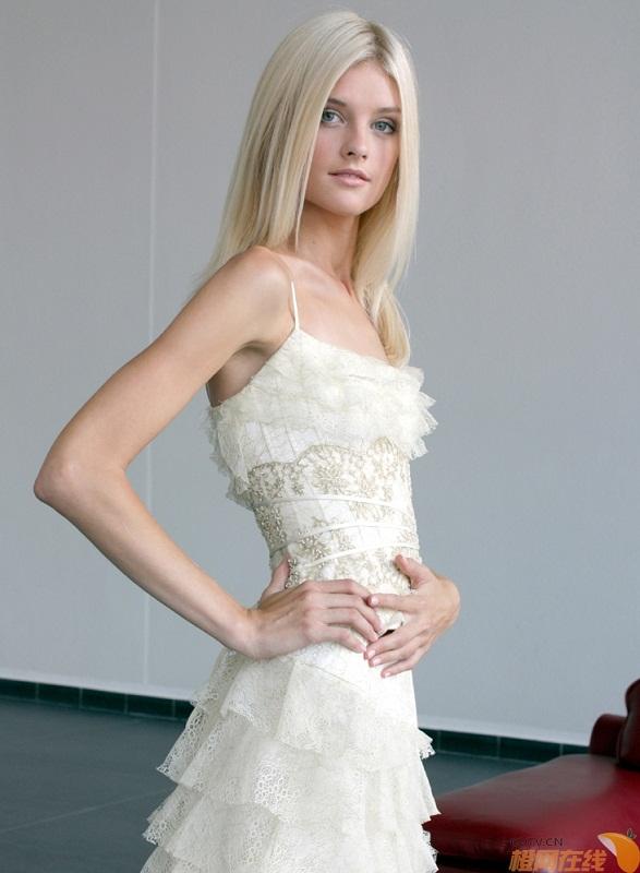 Яна Супранович - белорусская модель. фото