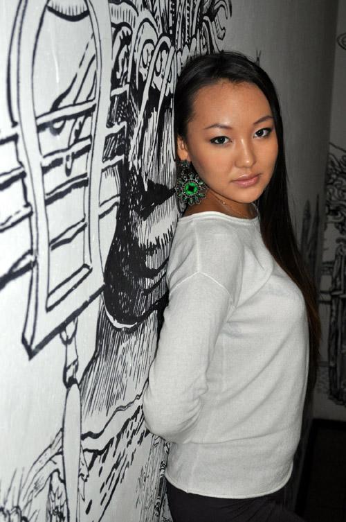 Яна Ченкураева Мисс Азия Москва 2012 (Калмыкия) фото