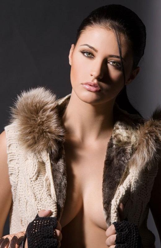 Антония Якобеску румынская певица. фото
