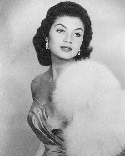 Гладис Сендер (Перу) Мисс Вселенная 1957 фото