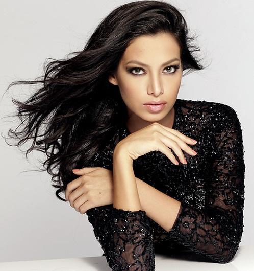 Мисс Вселенная 2013 участница Alexia Viruez - Боливия фото