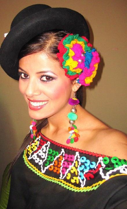 Мисс Вселенная 2013 участница Cindy Mejia - Перу фото