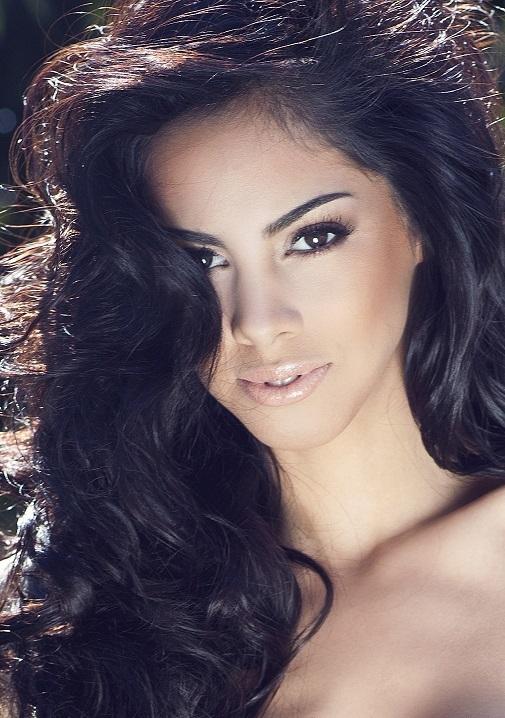 Мисс Вселенная 2013 участница Guadalupe Talavera - Парагвай фото