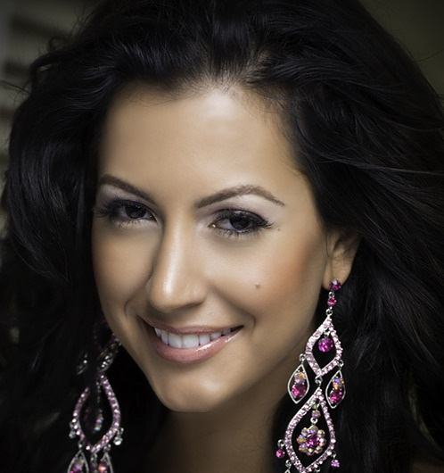 Мисс Вселенная 2013 участница Kerrie Baylis - Ямайка фото
