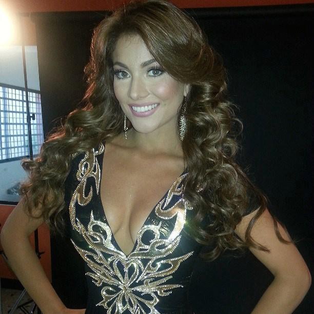 эквадорка Констанца Баес Вторая Вице-мисс Вселенная 2013 фото
