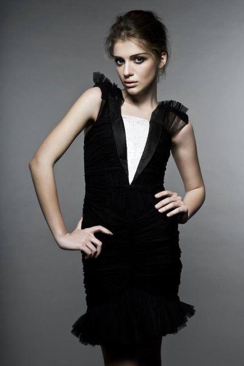 красивая грузинская девушка Джанет Кердикошвили