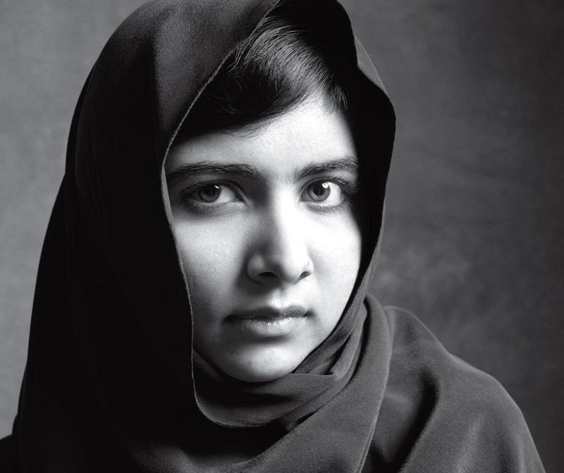 пакистанская девушка-правозащитница Малала Юсуфзай в журнале Time. фото