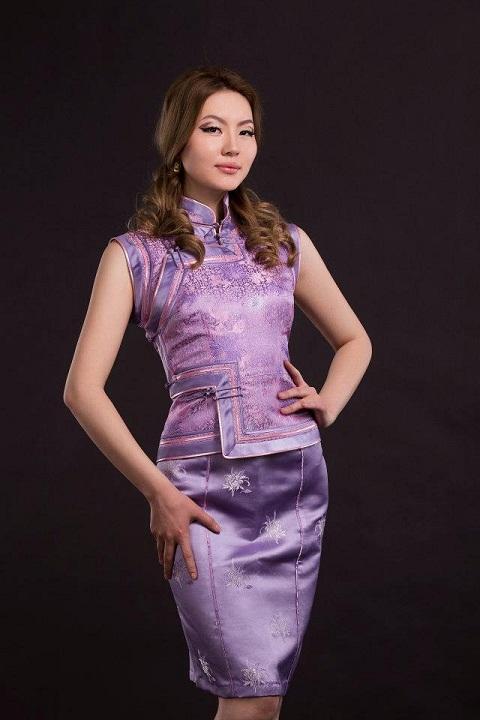 красивая монгольская девушка Сүхбаатарын Пагмадулам фото