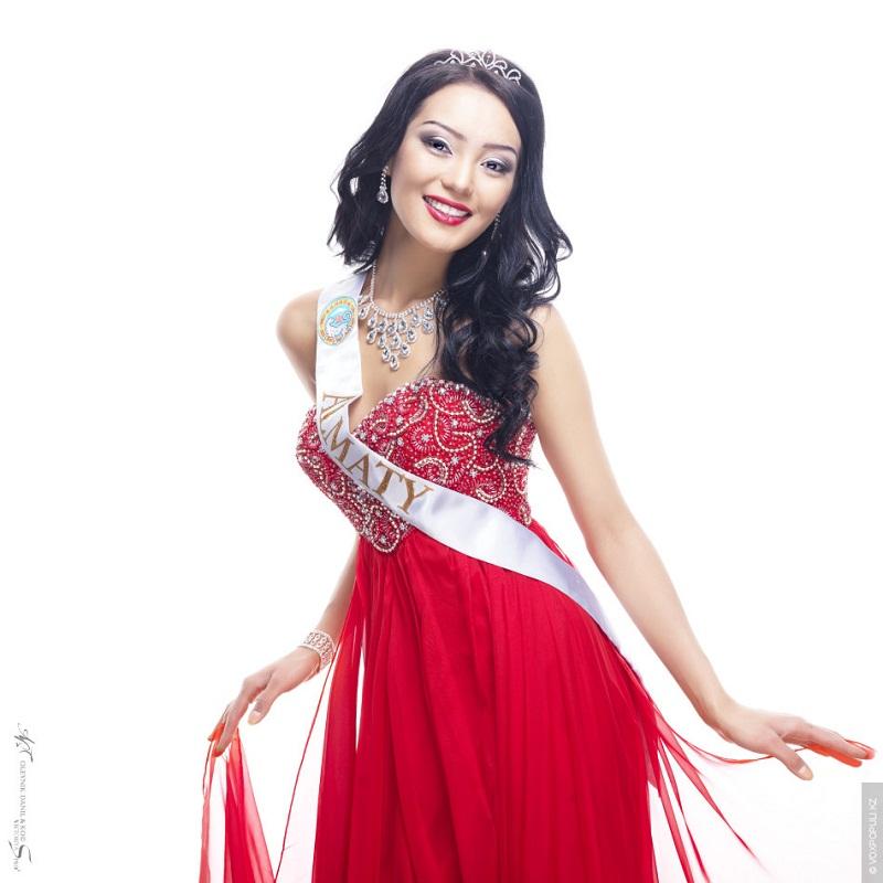 Айдай Исаева победительница конкурса Мисс Казахстан 2013. фото