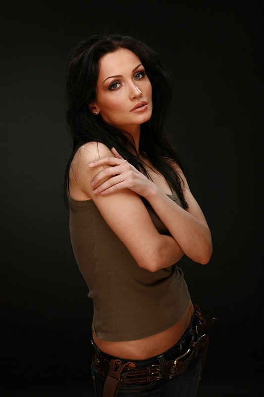 самые красивые девушки Кавказа: аварка Меседа Багаудинова. фото