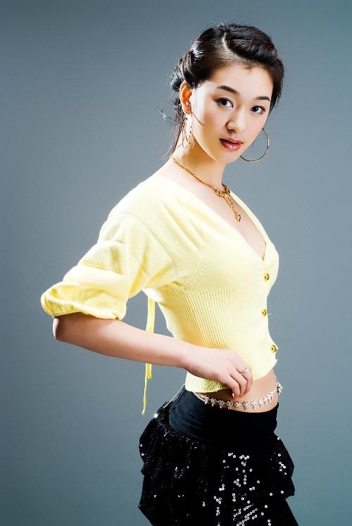 самая красивая китайская фигуристка Хуан Синьтун / Huang Xintong