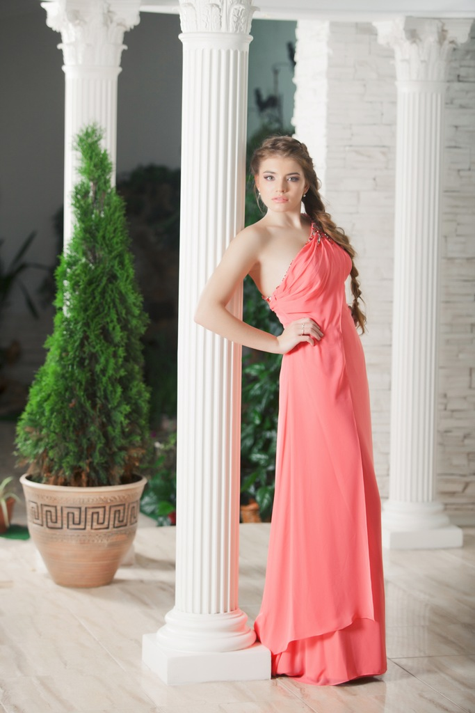 Алина Алиева модель Юная Красавица Твери 2010. фото