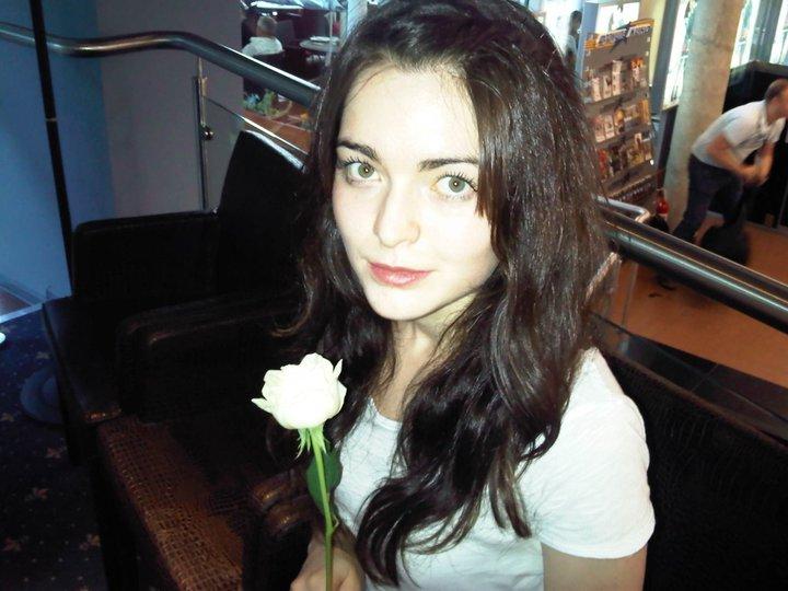 красивая женщина-лезгинка Диана Юзбекова. фото
