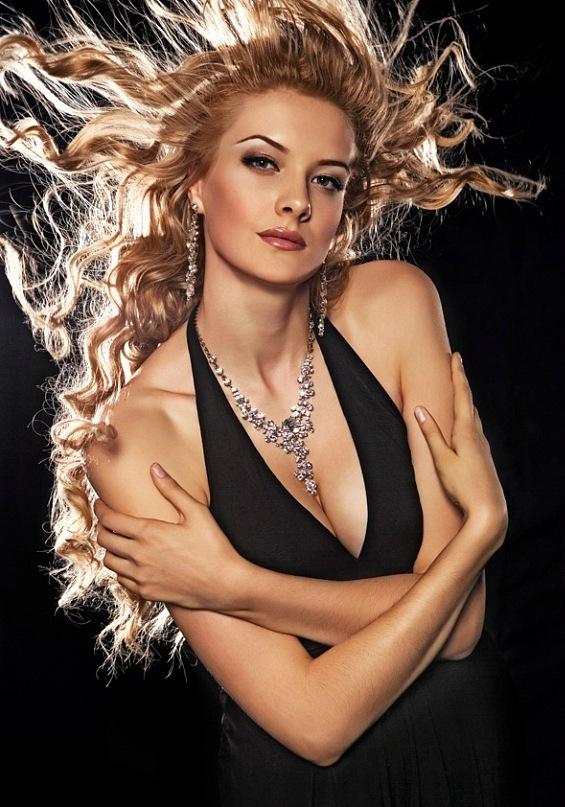 Ольга Никитина победительница конкурса Мисс Казахстан 2008. фото