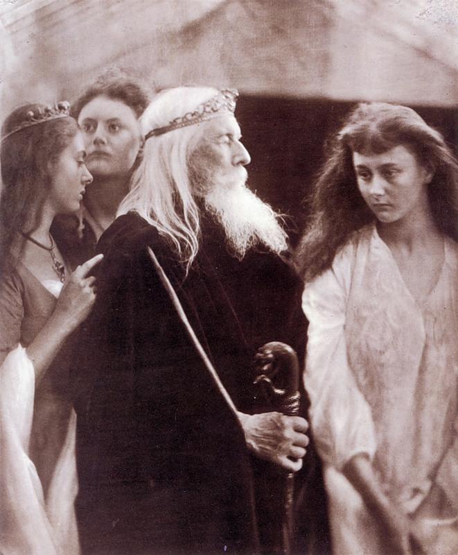 Alice Liddell, în formă de Cordelia, sora lui Alice Liddell în imaginile de Goneril şi Regan.  Fotograf Julia Margaret Cameron.  1872