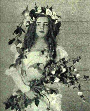 Любовь Дмитриевна Менделеева в роли Офелии, 1898 год