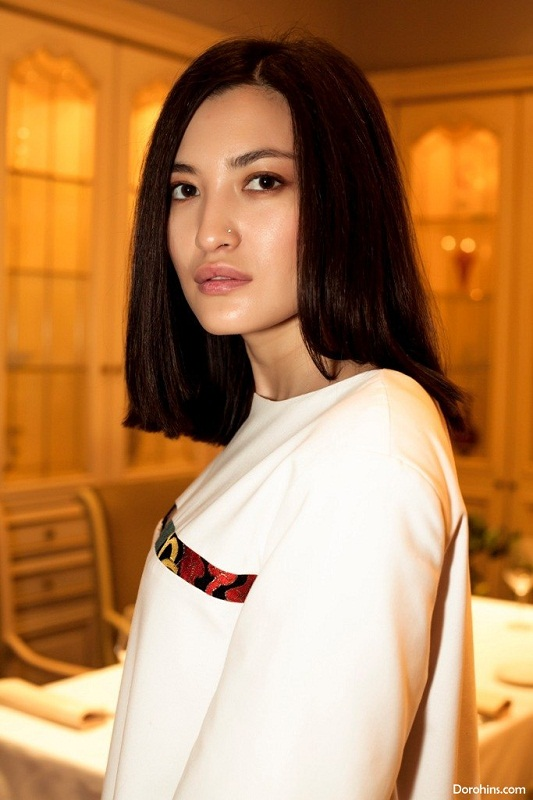 Анастасия Цыденова (Азия) ведущая Муз ТВ фото