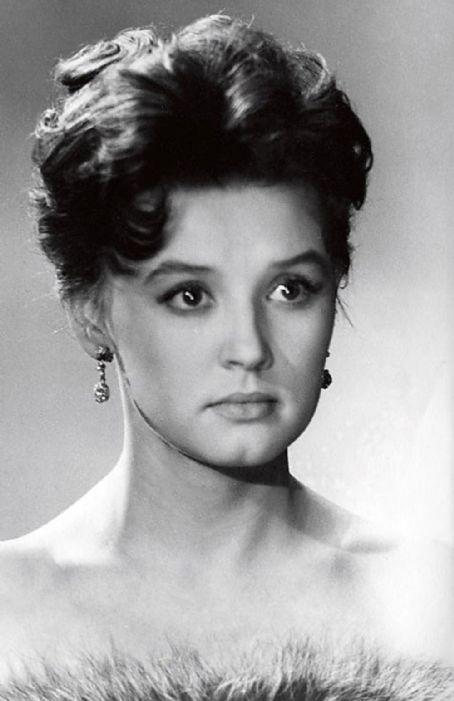 Самые красивые советские актрисы 45