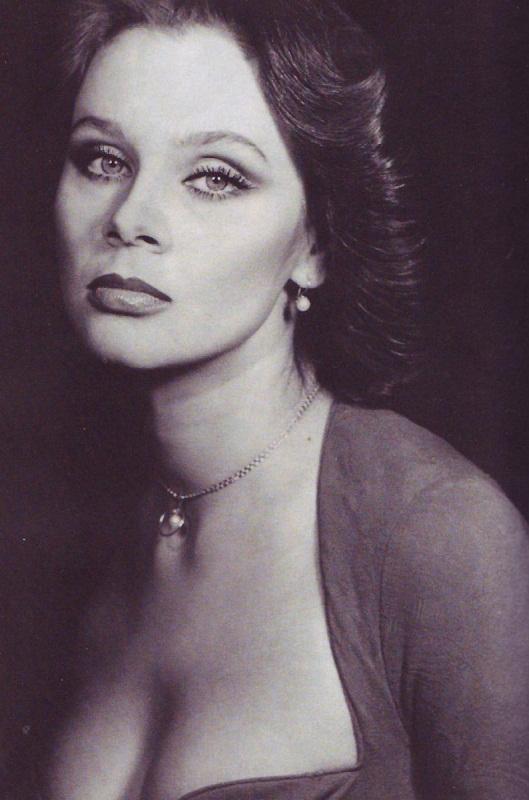 Голые украинские актрисы театра видео фото 697-666