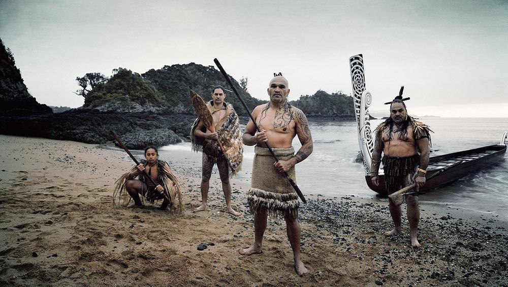 http://top-antropos.com/images/21/maori/%D1%81%D0%BE%D0%B2%D1%80%D0%B5%D0%BC%D0%B5%D0%BD%D0%BD%D1%8B%D0%B5%20%D0%BC%D0%B0%D0%BE%D1%80%D0%B8%20%D1%84%D0%BE%D1%82%D0%BE%20(3).jpg