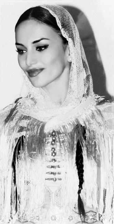 Дина Бекоева солистка московского ансамбля танца Алания фото
