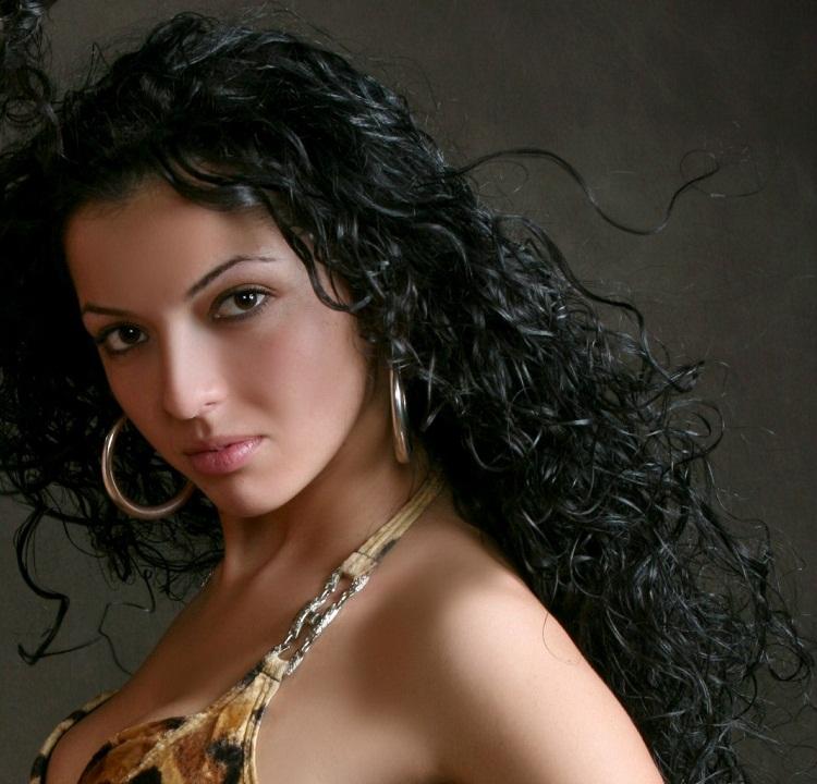 актриса Зарина Каирова армянка Карина (сериал Воронины) фото
