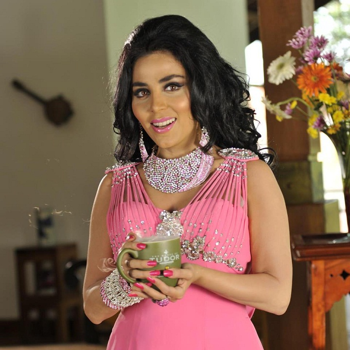 талышская девушка Нана Агамалиева. фото