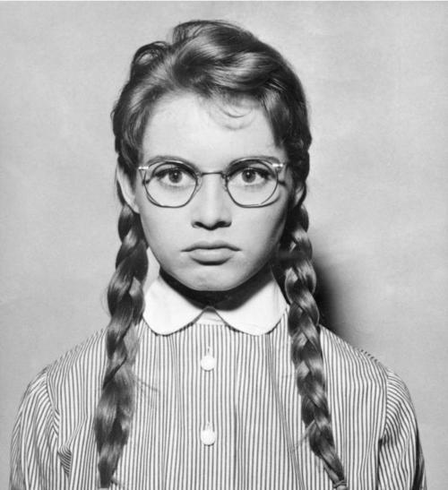 Брижит Бардо в детстве фото