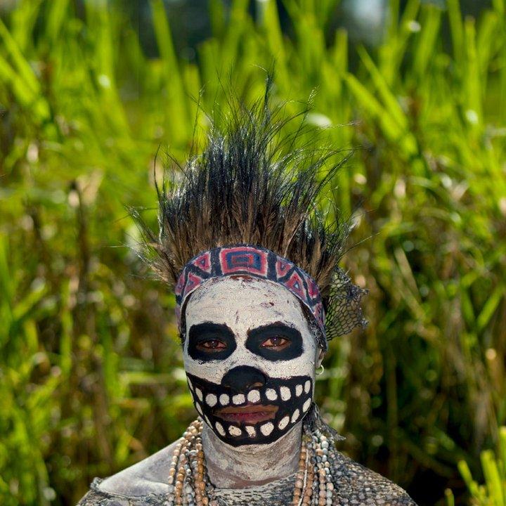 Папуас Новой Гвинеи из племени скелетов. фото Папуасы Папуасы из племени скелетов (18 фото)  D0 9F D0 B0 D0 BF D1 83 D0 B0 D1 81 D1 8B 20 D0 BF D0 BB D0 B5 D0 BC D1 8F 20 D1 81 D0 BA D0 B5 D0 BB D0 B5 D1 82 D0 BE D0 B2 20 D1 84 D0 BE D1 82 D0 BE 20 5